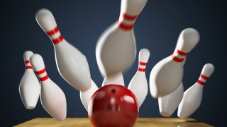 Strike (bowling)