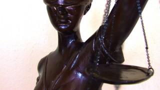 Justitia bronze statue