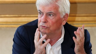 Chris Dodd is not amused
